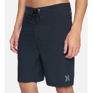 "NWT Hurley Phantom 20"" Board Shorts - Size 30"